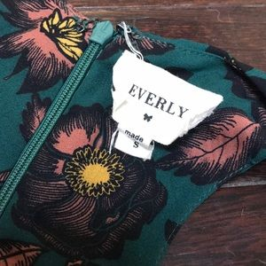 Everly Dresses - Everly Floral Maxi Dress